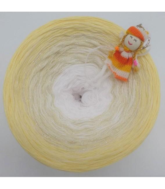 Vanille Kipferl - 4 ply gradient yarn - image 2