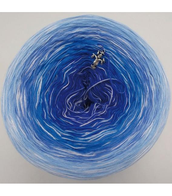 Tanz der Wellen (Dance of the waves) - 4 ply gradient yarn - image 7