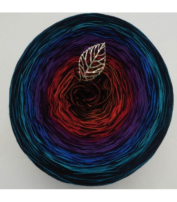 Märchenland (fairyland) - 4 ply gradient yarn - image 7