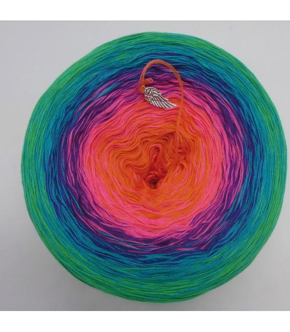 Märchen der Fantasie (Fairy tale of fantasy) - 4 ply gradient yarn - image 3