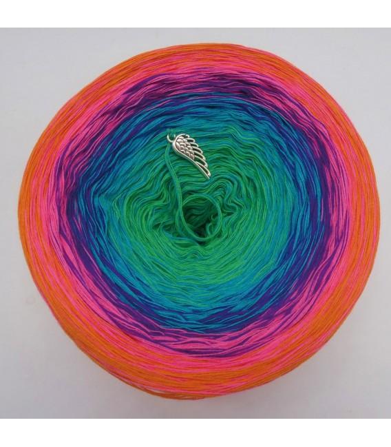 Märchen der Fantasie (Fairy tale of fantasy) - 4 ply gradient yarn - image 6