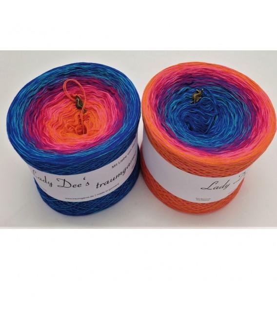 Märchen der Träume (Fairy tale of dreams) - 4 ply gradient yarn - image 1