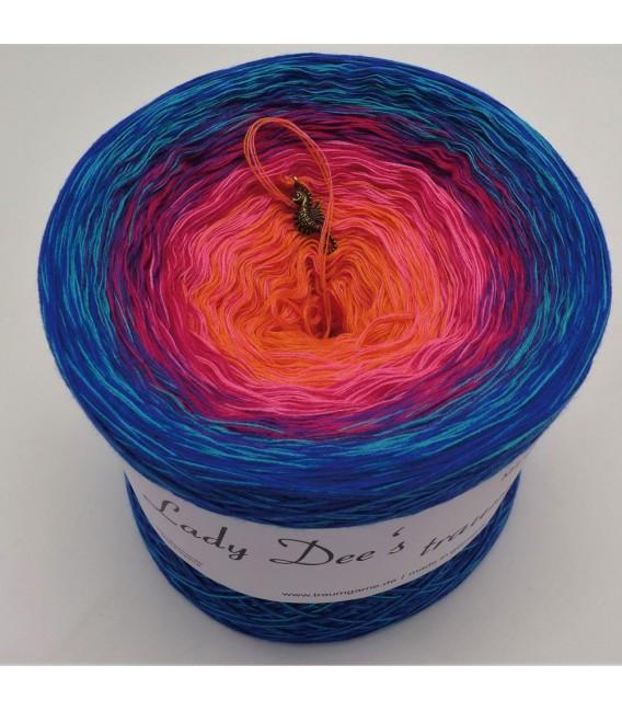 Märchen der Träume (Fairy tale of dreams) - 4 ply gradient yarn - image 2