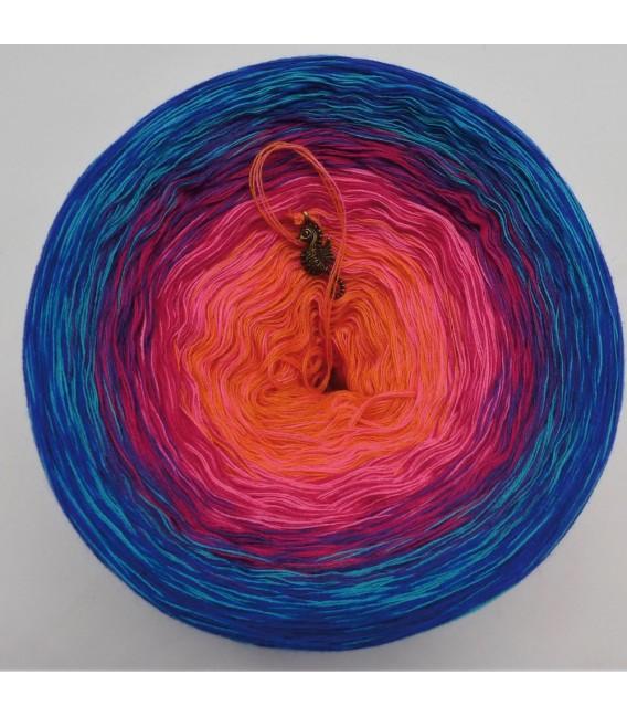 Märchen der Träume (Fairy tale of dreams) - 4 ply gradient yarn - image 3