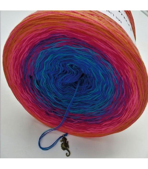 Märchen der Träume (Fairy tale of dreams) - 4 ply gradient yarn - image 9