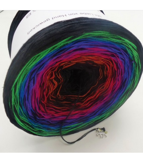 Märchen des Lebens (Fairy tale of life) - 4 ply gradient yarn - image 4