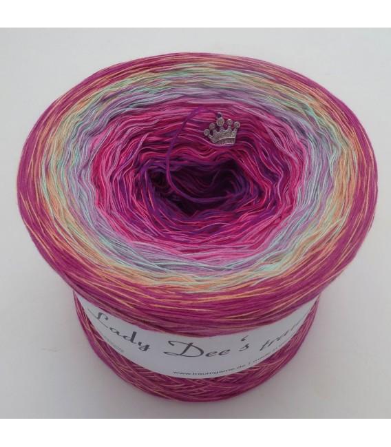Märchen der Herzen (Fairy tale of hearts) - 4 ply gradient yarn - image 6