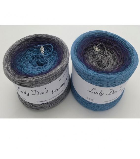 Märchen der Unendlichkeit (Fairytale of infinity) - 4 ply gradient yarn - image 1