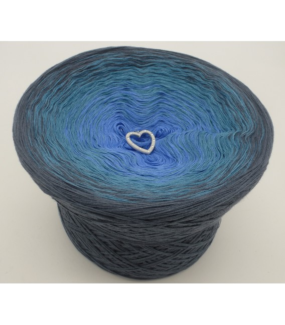 gradient yarn 4ply Blaue Sünde - granite outside