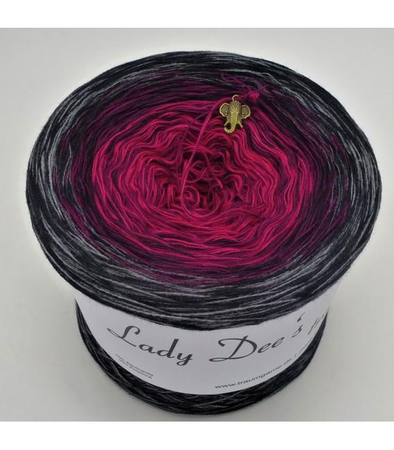 Evita - 4 ply gradient yarn - image 6