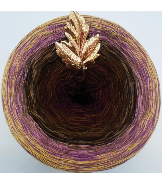 Sonderbobbel Nr. 4 (Special Bobbel No. 4) - 4 ply gradient yarn - image 2