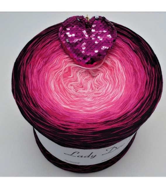 Heart Breaker - 4 ply gradient yarn - image 1