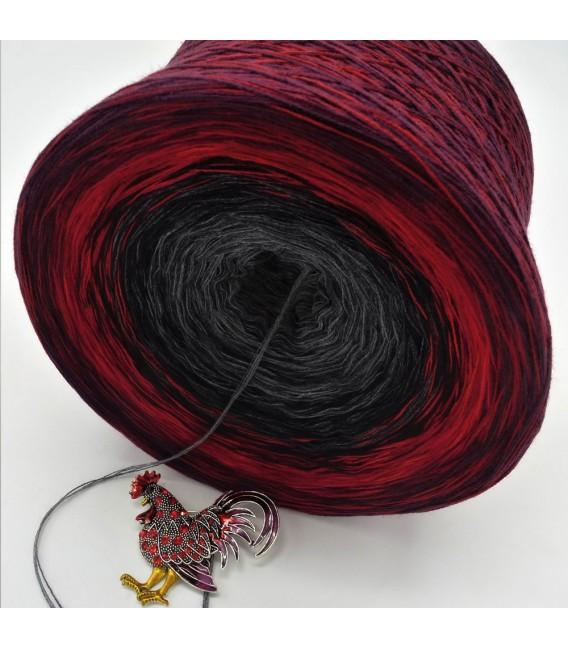 Sonderbobbel Nr. 13 (Special Bobbel No. 13) - 4 ply gradient yarn - image 3