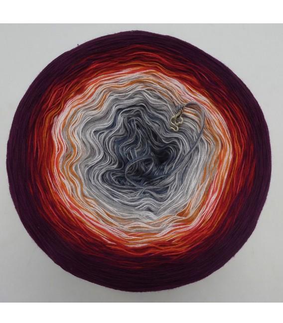 März (March) Bobbel 2019 - 4 ply gradient yarn - image 3