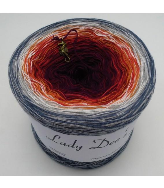 März (March) Bobbel 2019 - 4 ply gradient yarn - image 4