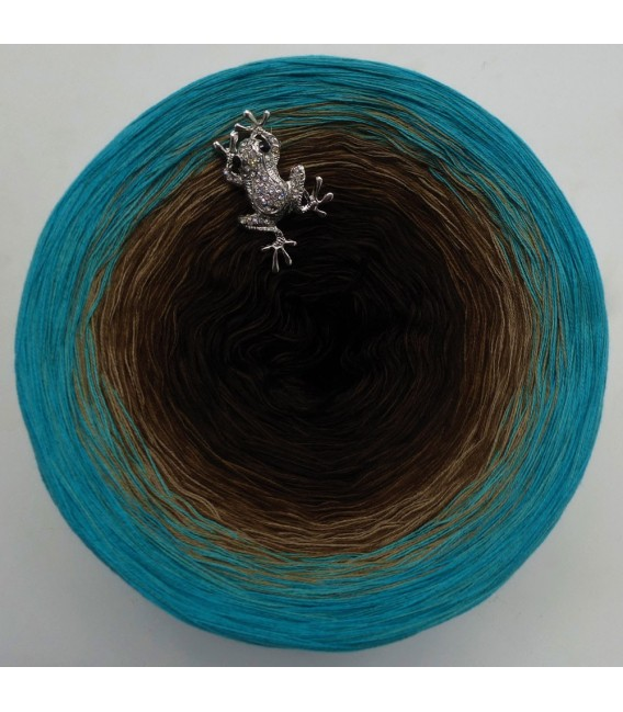 Sonderbobbel Nr. 17 (Special Bobbel No. 17) - 4 ply gradient yarn - image 2