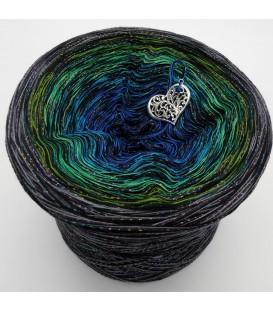 Stern von Bethlehem mit Glitzer (Star of Bethlehem with glitter) - 4 ply gradient yarn - image 1