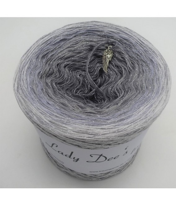 Zeitlose Eleganz (Timeless elegance) - 4 ply gradient yarn - image 2