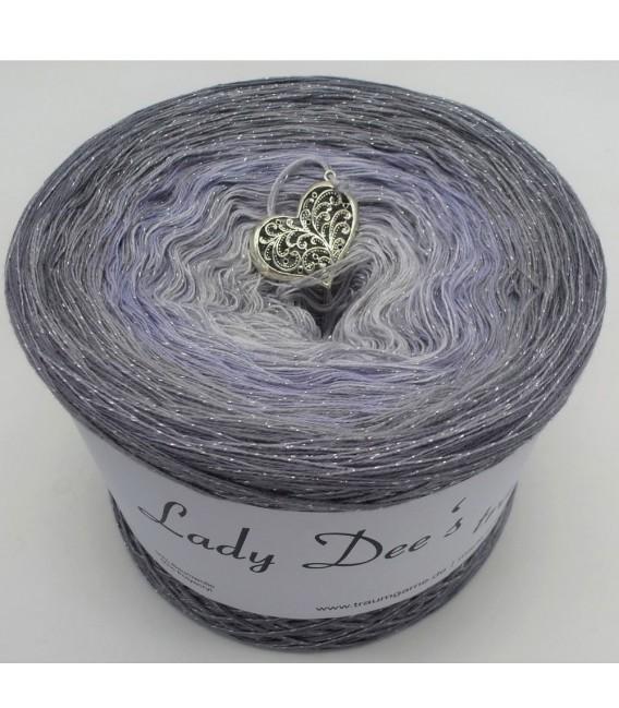 Zeitlose Eleganz (Timeless elegance) - 4 ply gradient yarn - image 4