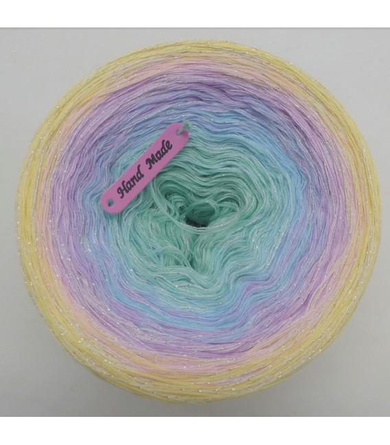 Schillerndes Glück (Shimmering luck) - 4 ply gradient yarn - image 5