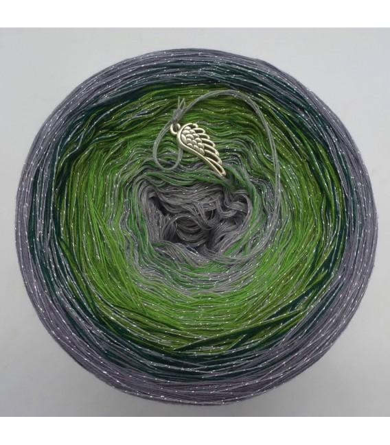 Schimmernde Hoffnung (Shimmering hope) - 4 ply gradient yarn - image 5