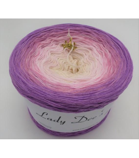 Träumerei (dreaming) - 4 ply gradient yarn - image 4