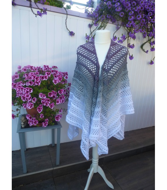 """Crochet Pattern poncho """"Silhouette"""" by Tanja Schuster - image 1"""
