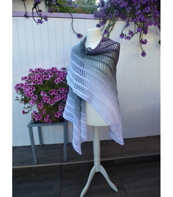 """Crochet Pattern poncho """"Silhouette"""" by Tanja Schuster - image 2"""