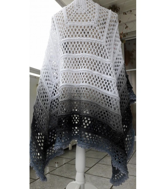 """Crochet Pattern poncho """"Silhouette"""" by Tanja Schuster - image 18"""