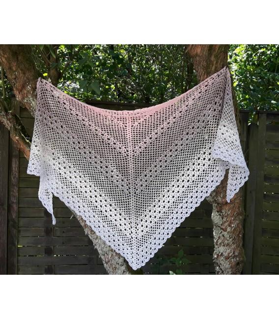 """Crochet Pattern shawl """"Glücksgefühl"""" by Ursula Deppe-Krieger - image 1"""