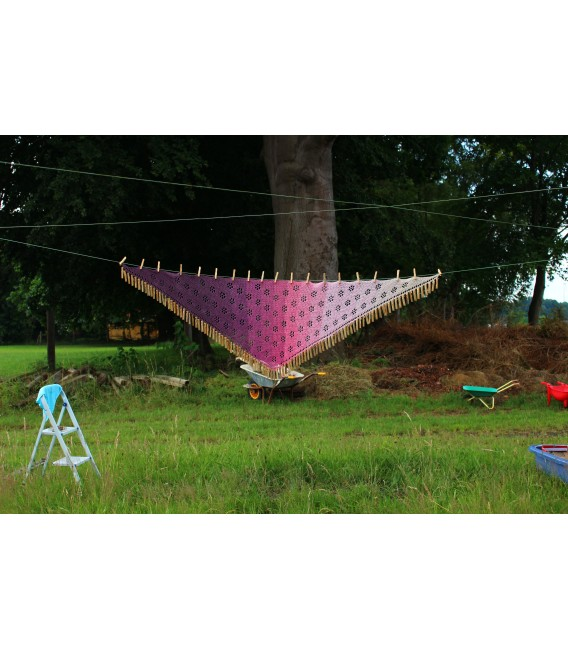"Crochet Pattern shawl ""Blumentraum"" by Maike Ohlig - image 7"