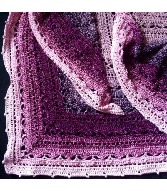 Lipstick - 4 ply gradient yarn - image 12