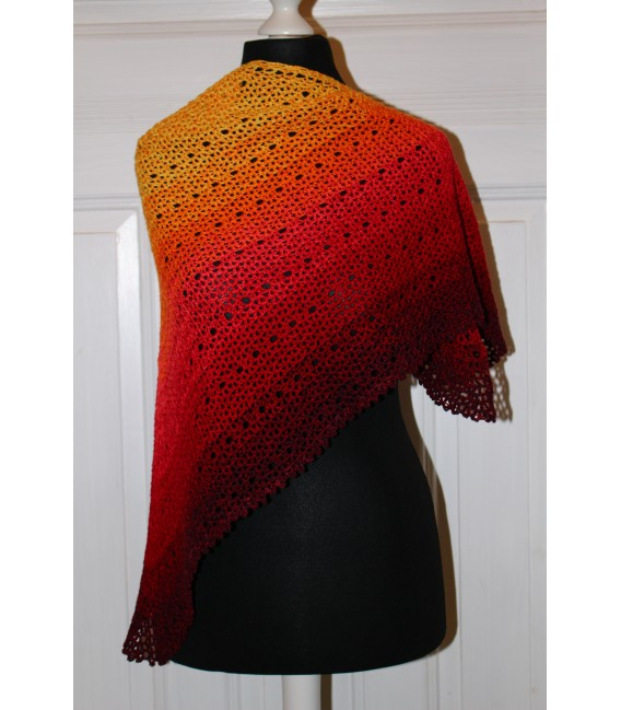 "Crochet Pattern shawl ""Middle Lines"" by Maike Ohlig - image 3"