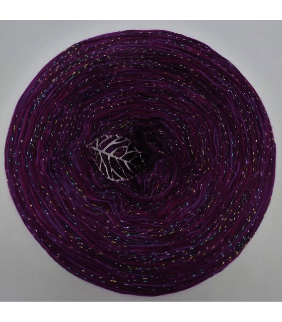 Fireworks - 5 ply mottled yarn without gradient - image 2