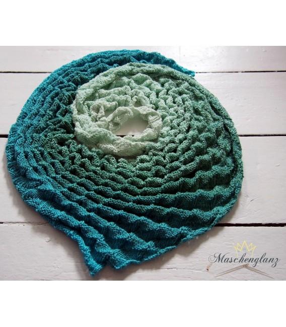 Offenes Meer (Open sea) - 4 ply gradient yarn - image 10