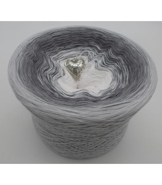 Silberschweif - Farbe Innen nach Wahl - Farbverlaufsgarn 4-fädig - Bild 8