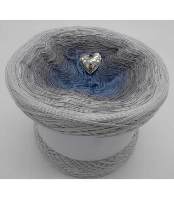 Silberschweif - Farbe Innen nach Wahl - Farbverlaufsgarn 4-fädig - Bild 16