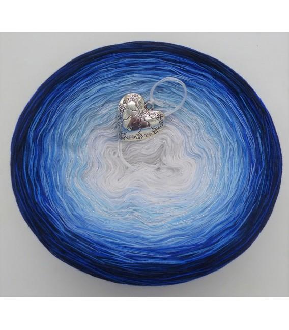 Blue Rain (Синий дождь) - 4 нитевидные градиента пряжи - Фото 3