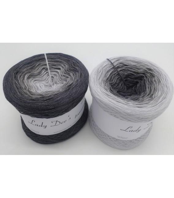 Graues Mäuschen (Souris grise) - 4 fils de gradient filamenteux - Photo 1