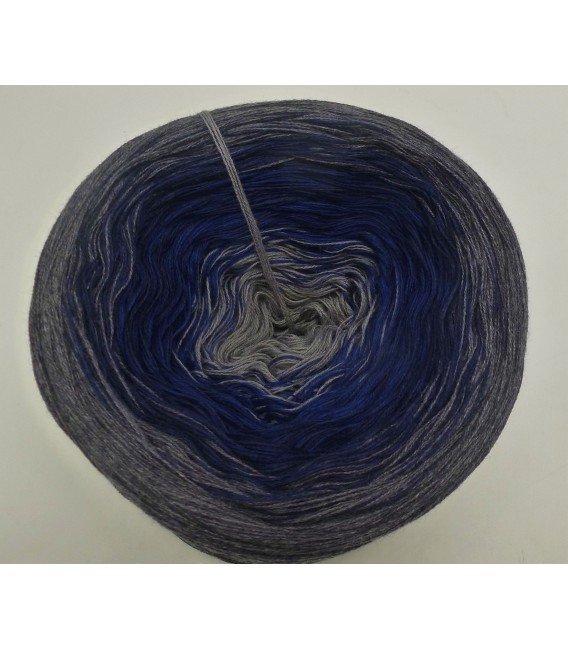 Sound of Silence - 4 ply gradient yarn - image 3