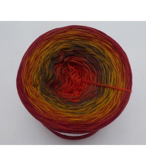 Herbstbeginn (Autumn beginning) - 4 ply gradient yarn - image 3