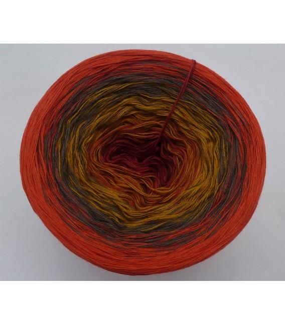 Herbstbeginn (Autumn beginning) - 4 ply gradient yarn - image 5