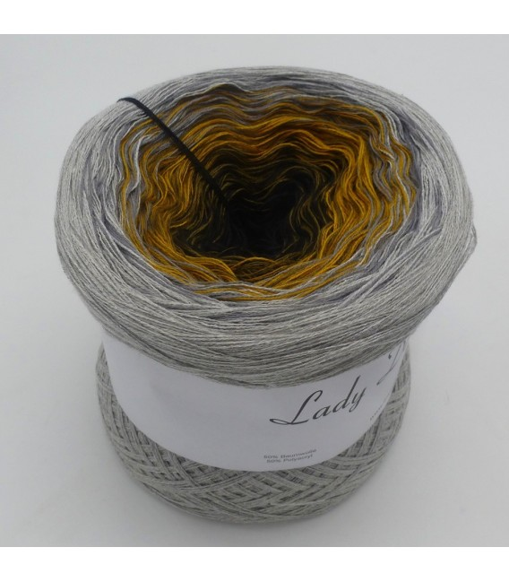 Lost in Time - 4 ply gradient yarn - image 4
