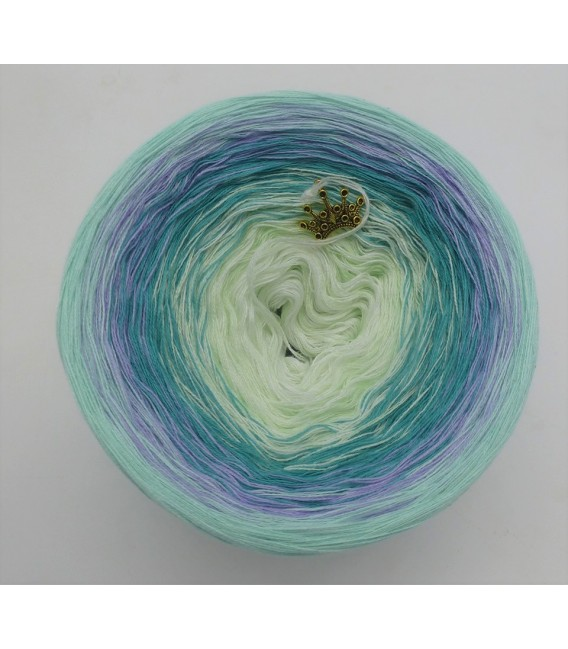 Blütenkranz (Flowers wreath) - 4 ply gradient yarn - image 3