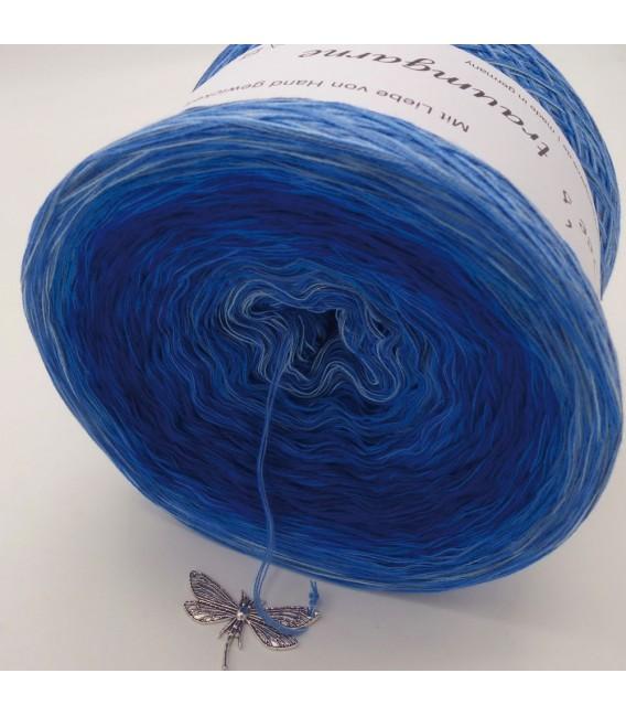 Spieglein No. 11 (Mirror No. 11) - 4 ply gradient yarn - image 4