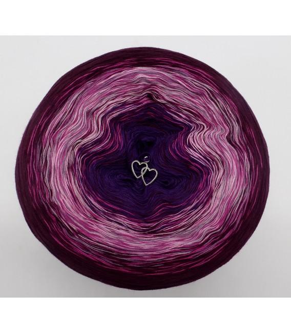 gradient yarn 4ply Herzklopfen - Chianti outside 2
