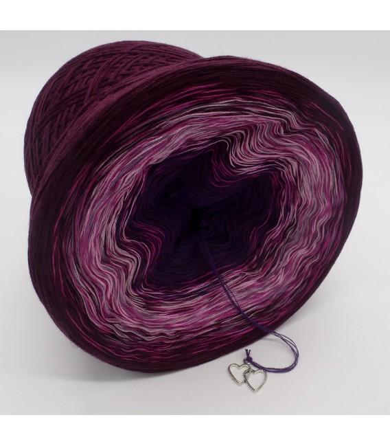 gradient yarn 4ply Herzklopfen - Chianti outside 3