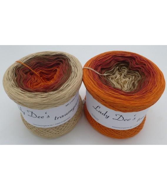 Behaglichkeit (comfort) - 4 ply gradient yarn - image 1