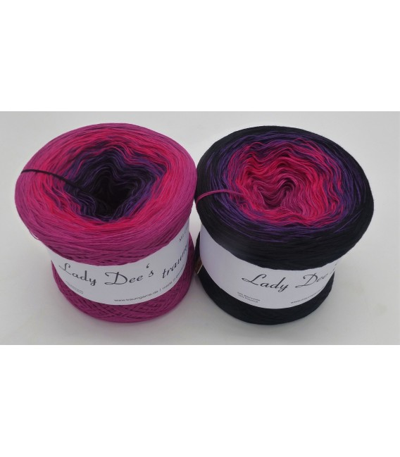 Nacht der Liebe (Night of love) - 4 ply gradient yarn - image 1